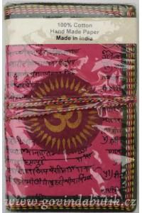 Tmavě růžový notes s příznivým znakem ÓM, ve 3.velikostech