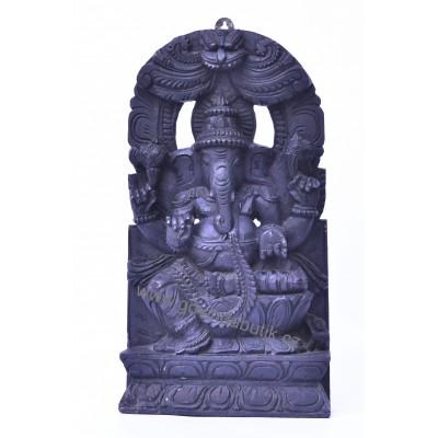 Krásný, dřevěný reliéf Ganéše