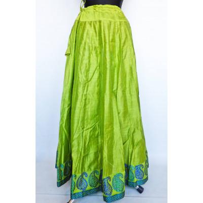 Krásná panelová, kolová sukně,světle zelená vel. S, M, L, XL