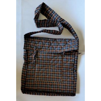 Parikramka - taška pro poutníky, tmavě zelené káro - 38 x 35 cm